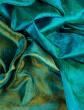 ist1_12511723-indian-fabric