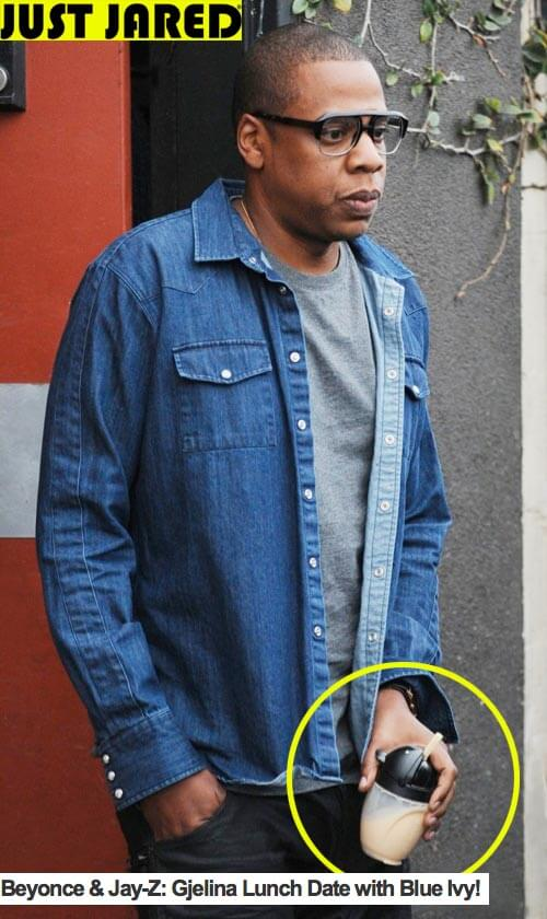 Jay Z totes a Lollacup