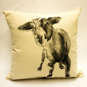 baby-goat_medium-pillow